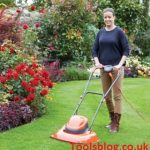 5 Best Hover Lawn Mowers UK 2021 – Reviews & Buying Guide For First-Time