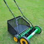 Top 5 Best Manual Lawn Mower UK 2021 - Reviews & Buying Guide