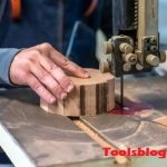 How To Use A Scroll Saw - Ultimate Guideline