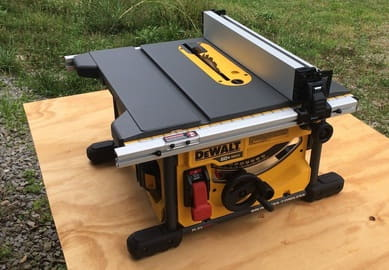 A cordless version of table saw