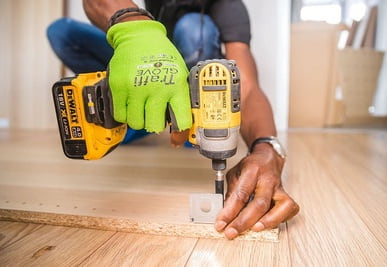 The impact driver is suitable for driving bolts.